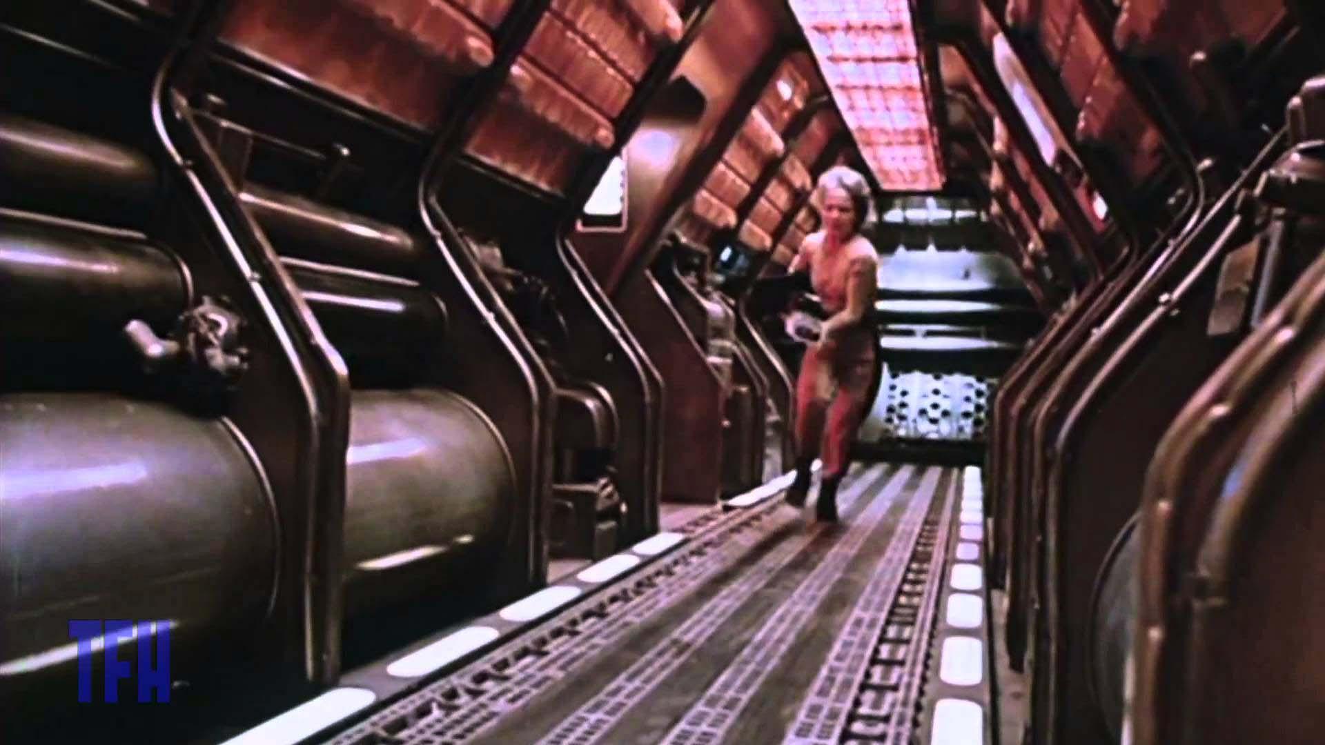 Sigourney weaver in galaxy quest 7
