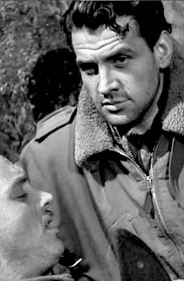 Le héros de Un pilote revient (le célèbre acteur Massimo Girotti
