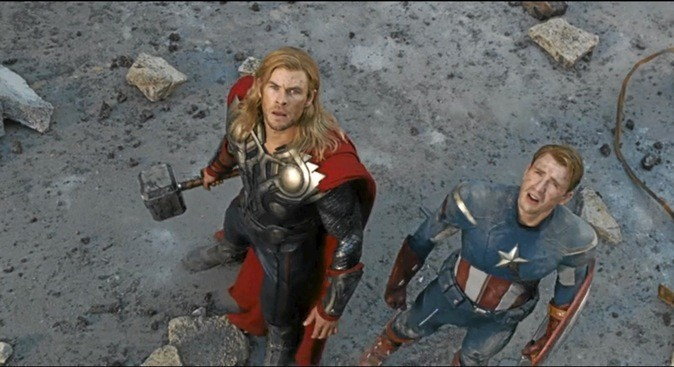 "Chris Hemsworth et Chris Evans dans ""Avengers"""