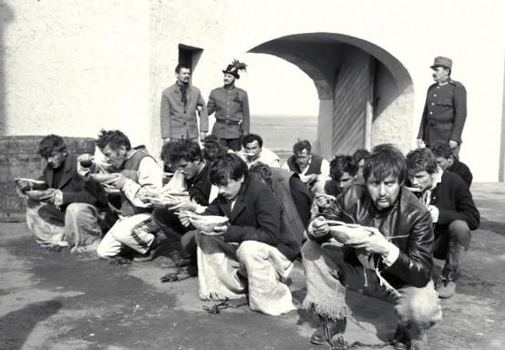 Les sans-espoirs de Miklos Jancso (1965)