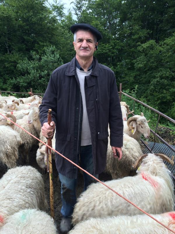 Jean Lassalle dans Un berger à l'élysée - CP Productions 2017