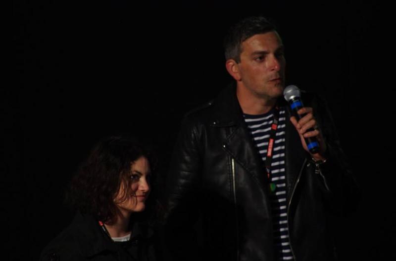 Julie Plantier et Nicolas Villamisar présentant la séance pour l'association Tabous ! au festival Itinérances 2017 à Alès © Marie Applagnat