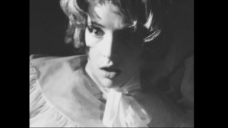 Fantasmagorie, de Patrice Molinard © Les Films de la Pléiade 1963 Édith Scob dans Fantasmagorie, de Patrice Molinard © Les Films de la Pléiade 1963