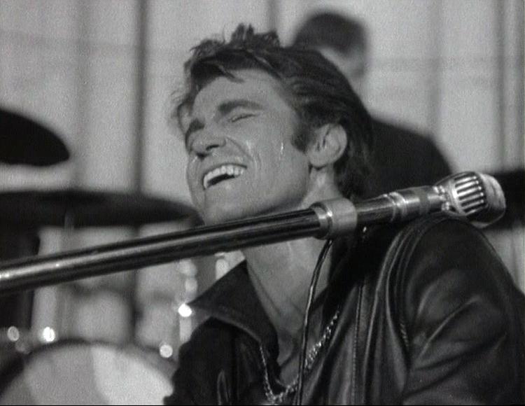Vince Taylor dans À la mémoire du Rock de François Reichenbach © Les Films de la Pléiade 1963